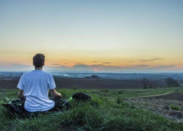 home-mindfulness-hakomi-yoga