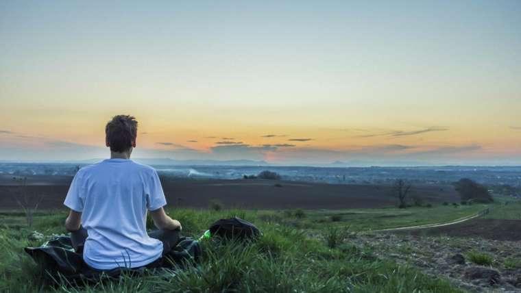 Meditación guiada Mindfulness por capas. Práctica básica.